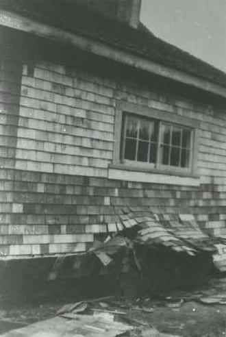 1946 Vancouver Island earthquake - House failure in Comox