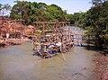 Construção da ponte sobre o Rio São Francisco Pirajuba MG - 02 - panoramio.jpg