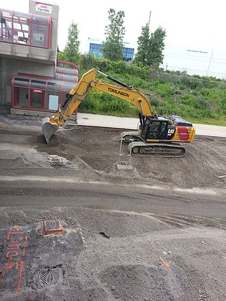 Confederation Line - Demolition work at the Cyrville station (July 2015)