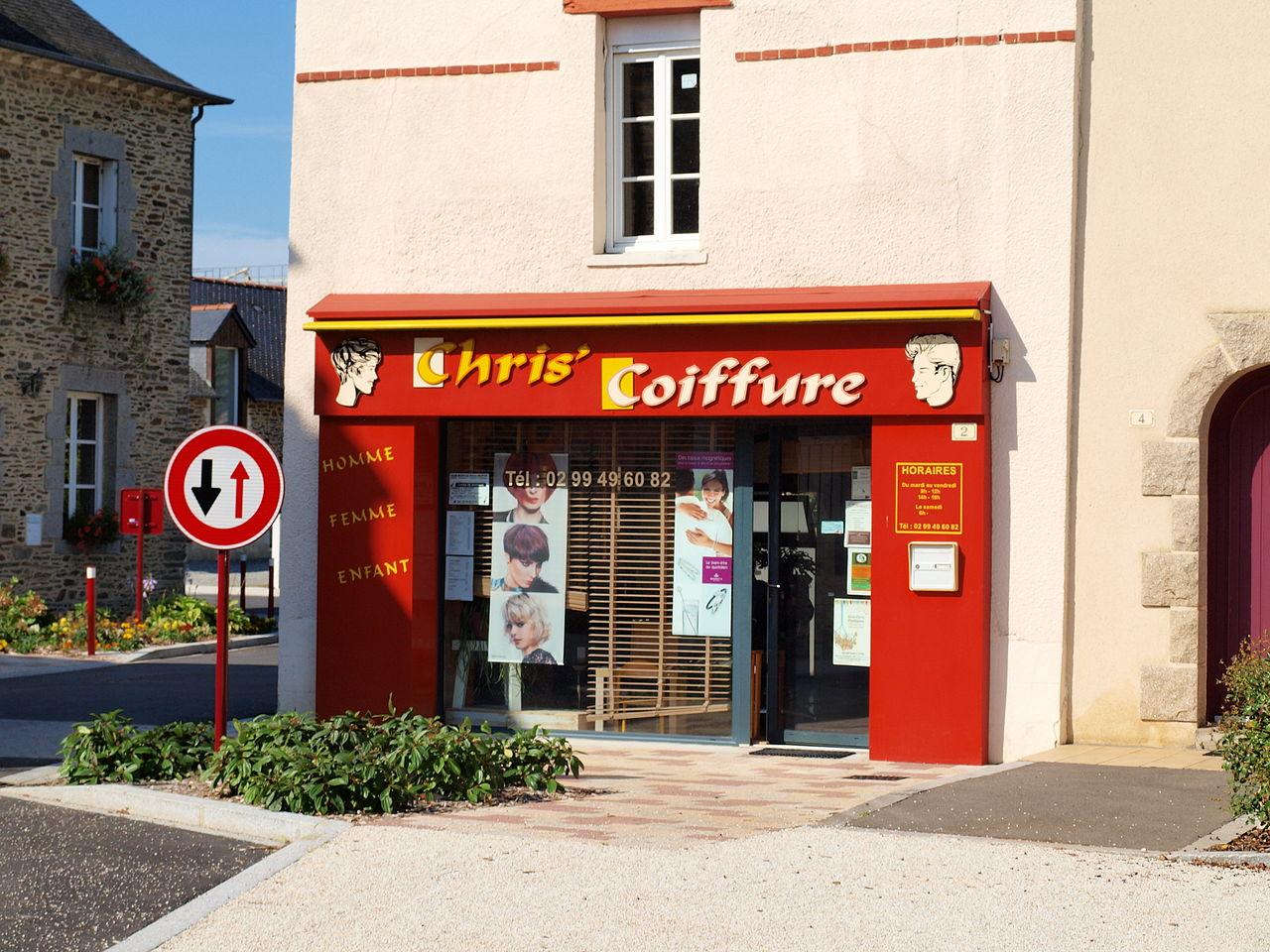 File cornill fr 35 salon de coiffure wikimedia for Salon de coiffure original