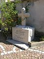 Corrençon abc23 monument devant église.jpg