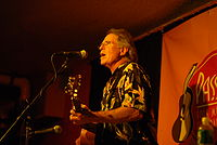Country Joe McDonald at Passim.jpg