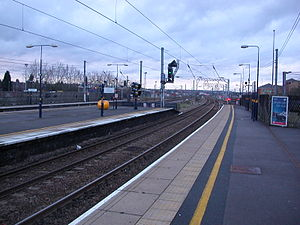 Cricklewood railway station - Northbound view from Platform 1 of the four platforms. Two additional freight tracks are on the extreme left