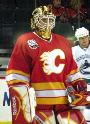 Curtis McElhinney - McElhinney with the Flames