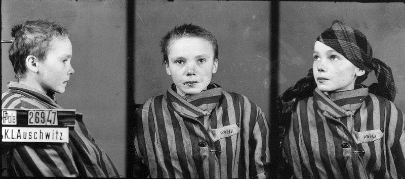 > Photo de Czeslawa Kwoka, jeune victime du camp nazi d'extermination d'Auschwitz près de Cracovie.