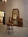 Détail de la coiffeuse, chaise et guéridon de la chambre de Madame Guimard, 1909-1912.jpg