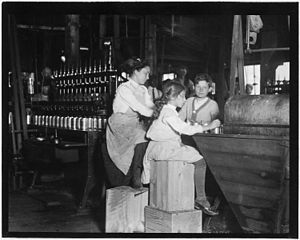 Seaford, Delaware - Child laborers at Ross's Canneries in Seaford, 1910.  Photo by Lewis Hine.