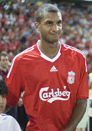 David N'Gog - N'Gog playing for Liverpool in 2009