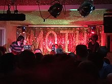 Dead Meadow live at The Moth Club, London England, 26th September 2016.jpg