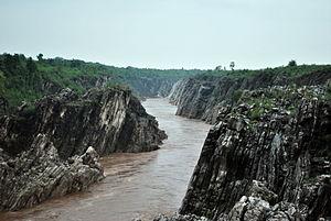 Bhedaghat - Image: Dhuandhar falls 3