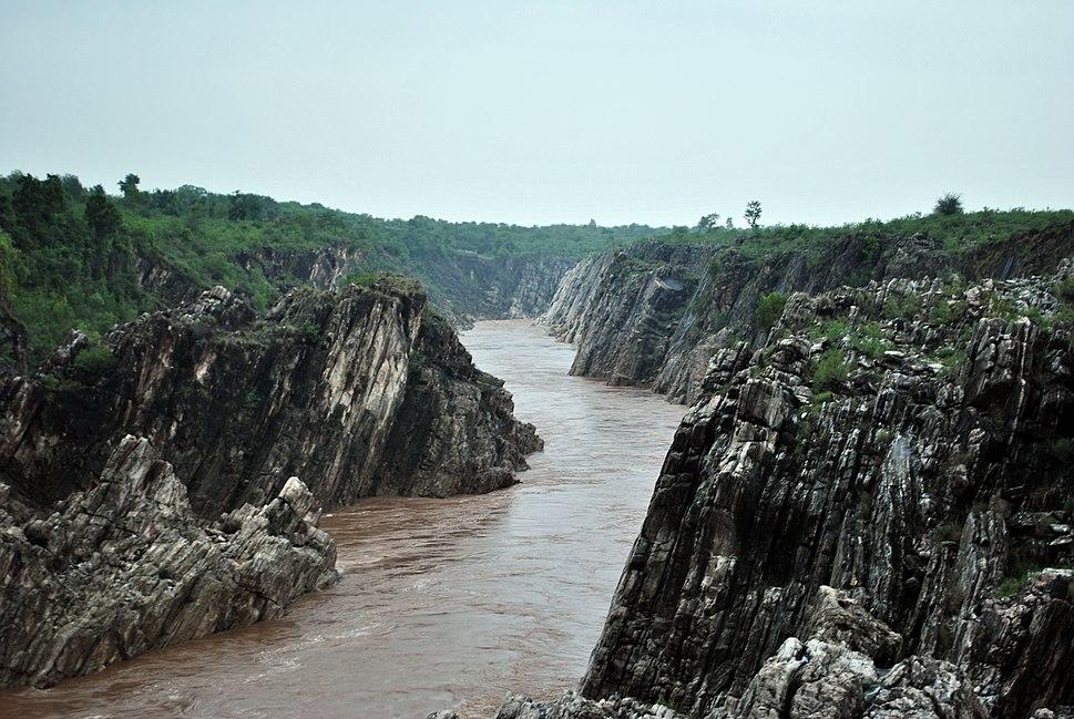 Dhuandhar falls3
