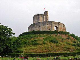 La motte et le donjon du château de Gisors