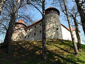 Dubovac Castle - Image: Dubovac Castle in Karlovac, Croatia