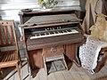Dusty Organ (37161552384).jpg