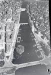 ETH-BIB-Zürich, Quaibrücke, Bauschänzli, Grossmünster, Gemüsebrücke-Inlandflüge-LBS MH01-006023.tif