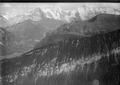 ETH-BIB-Zweilütschinen, Lauterbrunnental, Eiger, Mönch, Jungfrau v. N. W.-Inlandflüge-LBS MH01-004903.tif