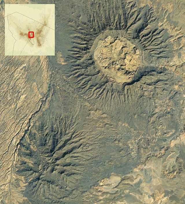 Satellite image of Tarso Toon (top right) and the Ehi Yéy (bottom left)