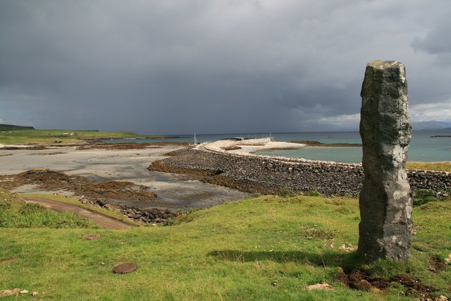 Eigg harbour and commemorative stone - geograph.org.uk - 511648