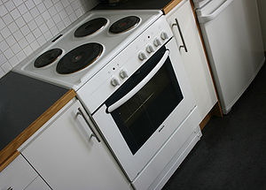 Electric stove - An electric stove uses electricity to provide heat.