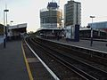 Elephant & Castle mainline stn Southeastern platforms look south.JPG