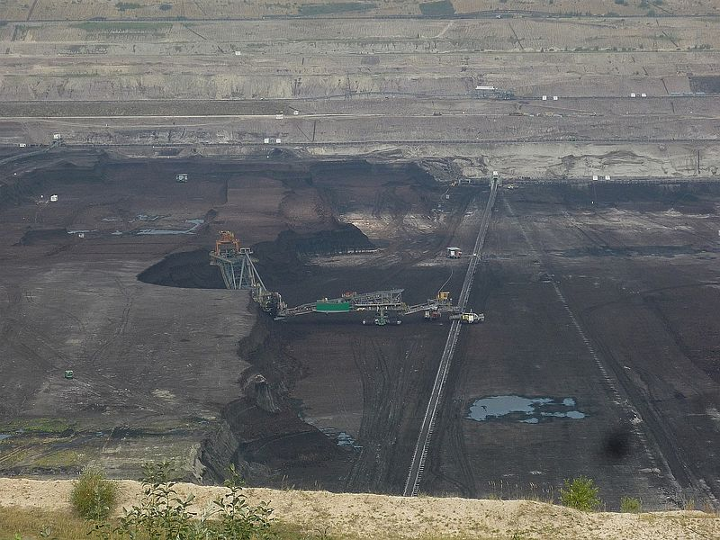 File:Enough of lignite by 2035 - tego węgla brunatnego starczy do 2035 r. - panoramio.jpg