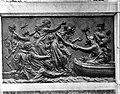 ErfgoedLeiden LEI001015613 Bronzen reliëf van het standbeeld van P.A.van der Werf in het Van der Werfpark in Leiden.jpg