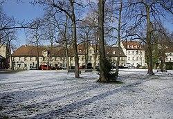Erlangen Katholischer Kirchenplatz 001.JPG