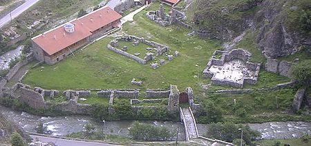 http://upload.wikimedia.org/wikipedia/commons/thumb/2/26/Erzengelkloster1.jpg/450px-Erzengelkloster1.jpg
