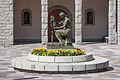 Escultura de J. Viladomat perante a igrexa parroquial de Sant Pere Màrtir. Escaldes-Engordany. Andorra 71.jpg