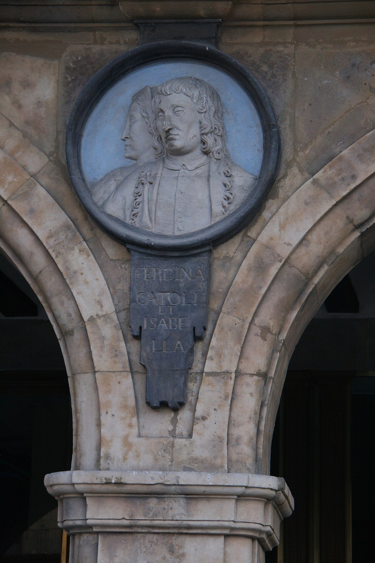 Fernando el Catolico e Isabel - Plaza Mayor Salamanca.jpg