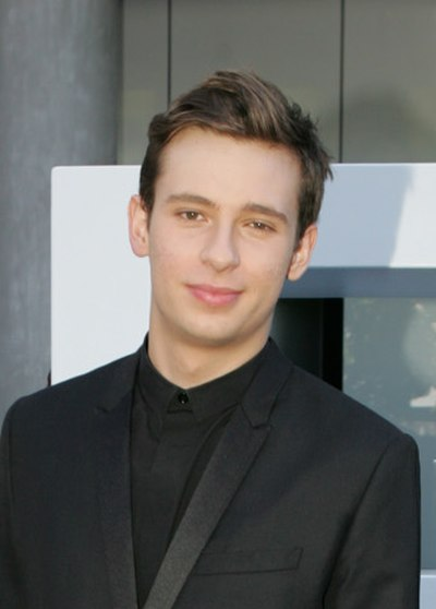 Picture of a band or musician: Flume