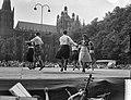 Folkloristisch dansfeest in Den Bosch , Schotten aan het dansen, Bestanddeelnr 910-5790.jpg
