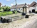 Fontaine-lavoir-abreuvoir.(2) Courchaton.jpg