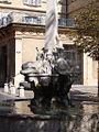 Fontaine Quatre Dauphins (1366588762).jpg