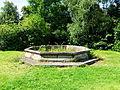 Fontaine de l'Abbaye Blanche.JPG