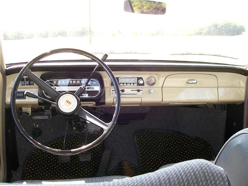 File:Ford12m-1Serie-Armaturenbrett.jpg - Wikimedia Commons | {Armaturenbrett 78}
