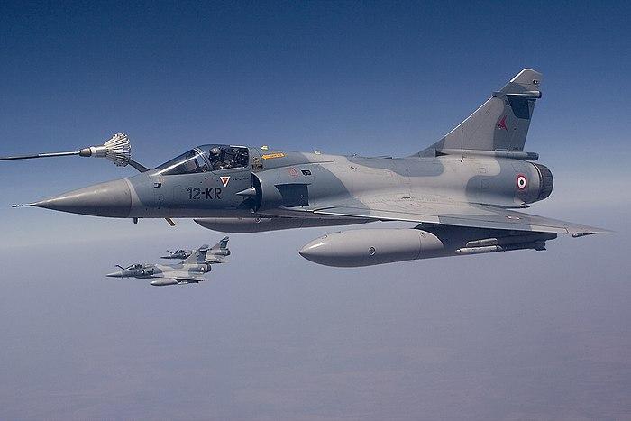 700px-French_Air_Force_Dassault_Mirage_2000C.jpg