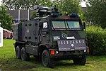 Geschütztes Führungs- und Funktionsfahrzeug (GFF) Yak 6x6 (Bw) - Ausführung Feldjäger Wasserwerfer.jpg