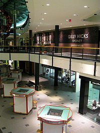 Gilly Hicks Wikipedia