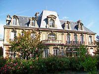 Gonesse (95), Hôtel de ville, rue de Paris, façade sud (1).jpg
