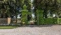 Grafenstein Schloss 1 Schloss Grafenstein Einfahrtstor S-Ansicht 26072018 4029.jpg