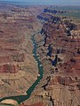 Grand Canyon, Aerial view from East to West, North Rim at right - panoramio.jpg
