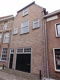 Grave Rijksmonument 17225 Gasthuisstraat 52.JPG