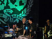 GreenDay21st.jpg