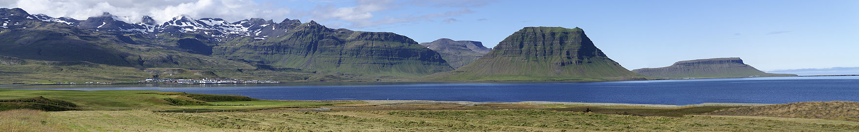 Grundarfjördur Panorama-pjt1.jpg