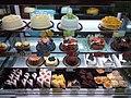 HK TKL 調景嶺港鐵站 Tiu Keng Leng MTR Station concourse shop Maxims cakes September 2019 SSG 05.jpg