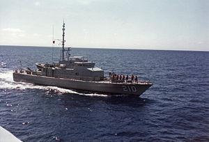 Fremantle-class patrol boat - Cessnock underway in the mid-1980s
