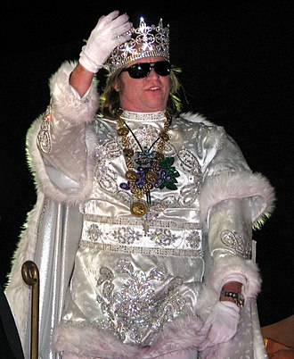 Val Kilmer - Kilmer reigning as Bacchus; parade in New Orleans during Mardi Gras in 2009