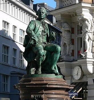 Fritz Schaper - Image: Hamburg Lessing Denkmal Gänsemarkt