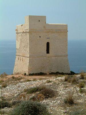 Ħamrija Tower - Image: Hamrija Tower North Eastern side